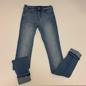 Hollister High-Rise Jeans